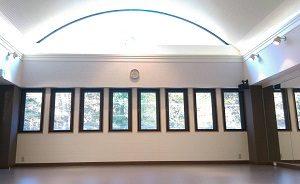 吉祥寺 三鷹 レンタルスタジオ は天井が高くて綺麗なレンタルスタジオです。