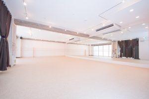 高円寺レンタルスタジオは広くて綺麗なスタジオです。
