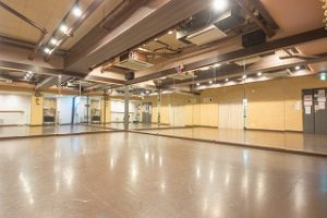 中野レンタルスタジオはダンスやバレエができるスタジオです。